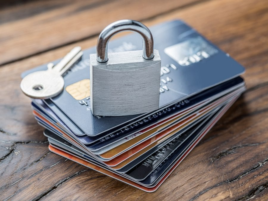 Merchant's Guide to Preventing Card-Present Fraud image
